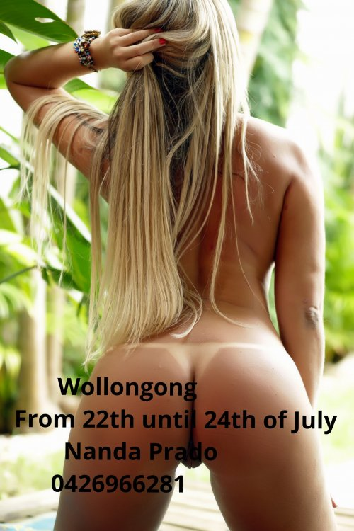 Bubble butt Brazilian escort in Wollongong