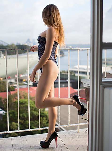 Hot Brunette Sydney escort