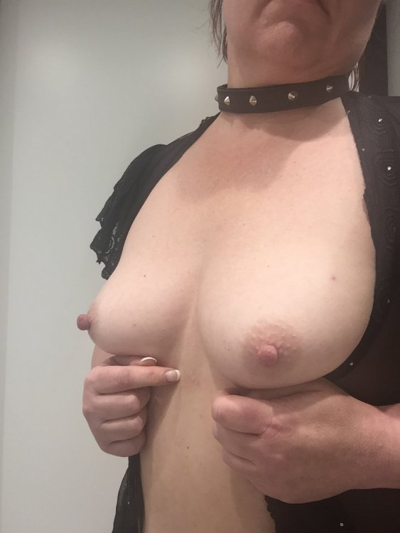 Long nipples escort in Brisbane