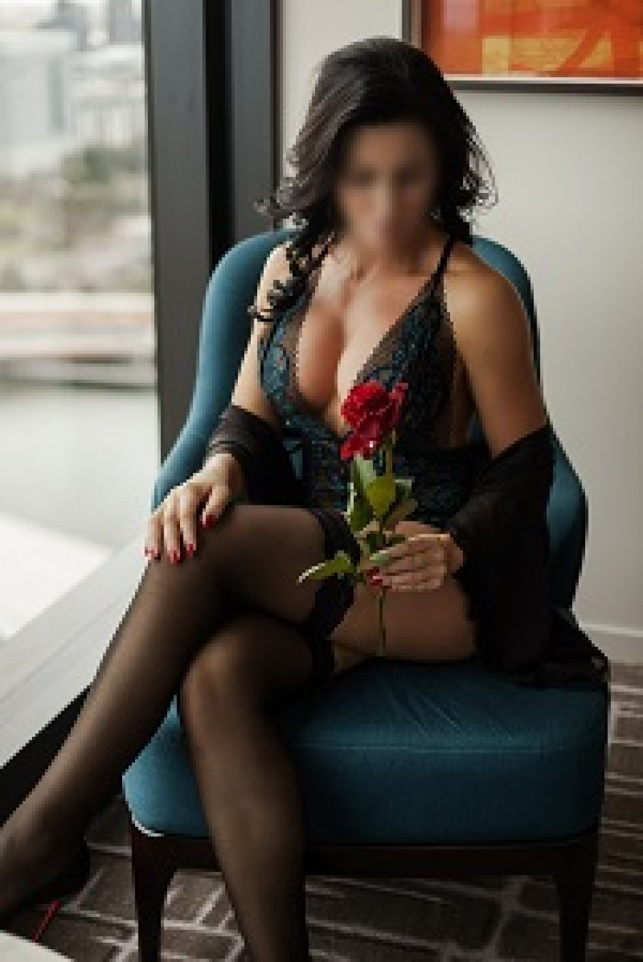 Fitness Model Melbourne Escort provides GFE service