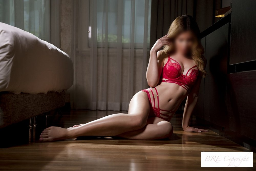 Sydney escort FREYA'S new images are now on the website!