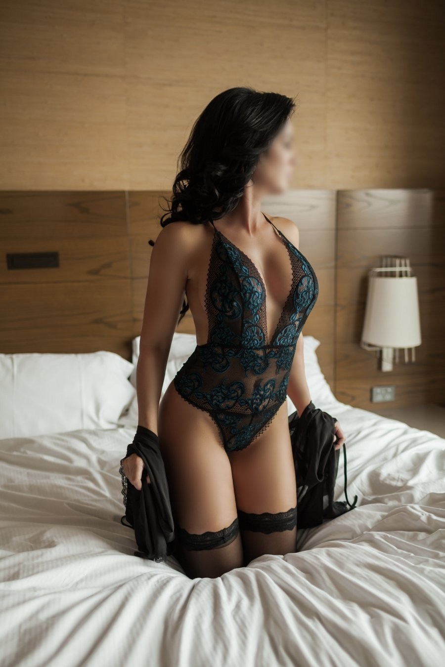 Ultimate Girlfriend Experience with athletic gal Taylor Rose - Sydney Escorts