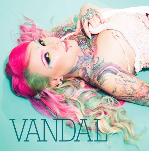 solo and wild duo sessions with my duo partner the famous PORNSTAR Vandal Vyxen!!