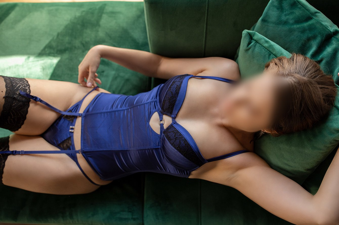 Scarlett Maison  Purveyor of Pleasure Brisbane Escort