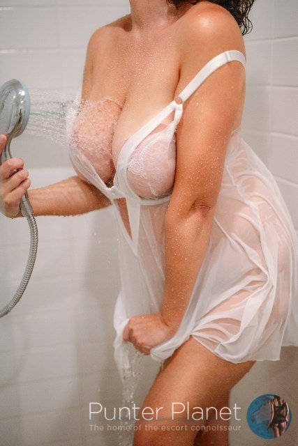 Cara in Toowoomba Thurs 13 Aug to Sat 15 Aug